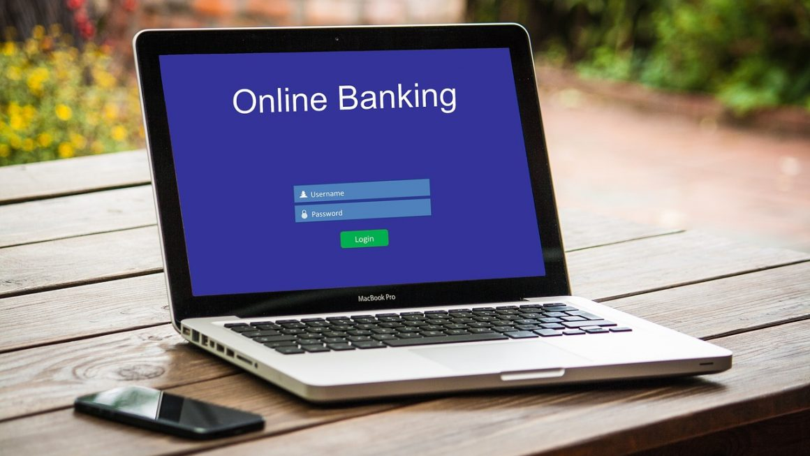 Les avantages et les inconvénients de la banque en ligne